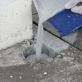 Löcher im beton ausbessern