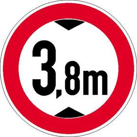 Verkehrsschild - Betriebskennzeichnung Verbot für Fahrzeuge über bestimmte Höhe