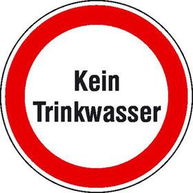 Hinweisschild zur Betriebskennzeichnung Kein Trinkwasser