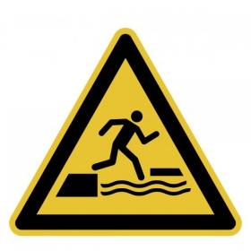 Warnschild Warnung vor dem ins Wasser Fallen beim Betreten