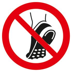 Verbotsschild Metallbeschlagenes Schuhwerk verboten
