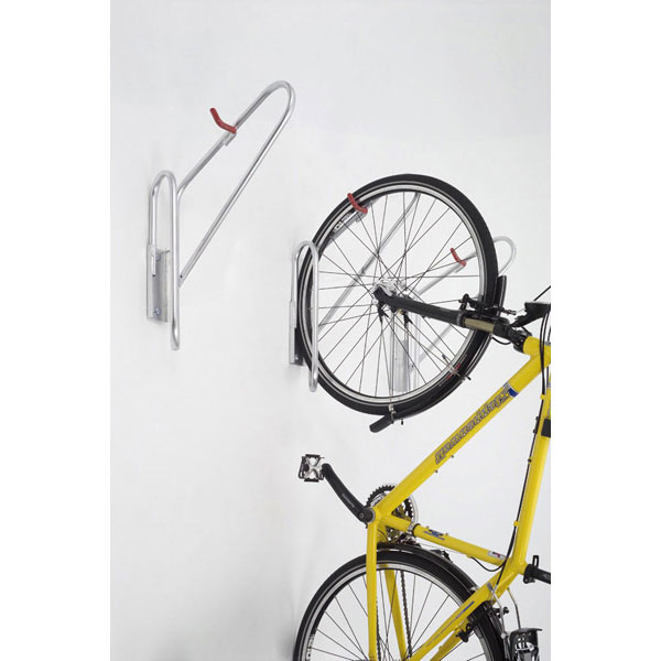 mountainbike in garage aufh ngen mountainbike. Black Bedroom Furniture Sets. Home Design Ideas