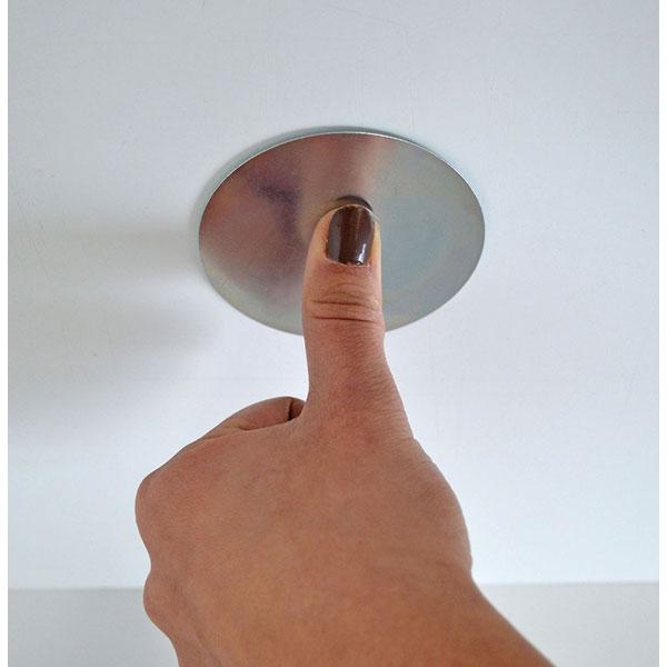 brennenstuhl magnet montageplatte br 1000 zur befestigung des rauchmelders ohne bohren oder. Black Bedroom Furniture Sets. Home Design Ideas