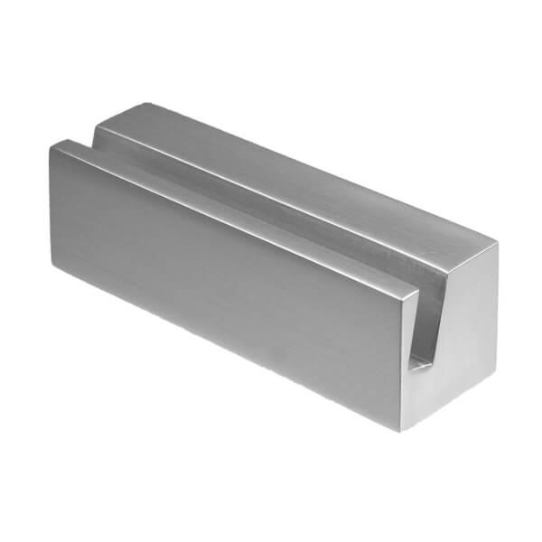 CLEAR Tischaufsteller für Namensschild aus Aluminium, mit schrägem